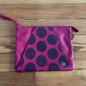 Lululemon Envelope Pouch Burgundy/Pink Bag 🎉